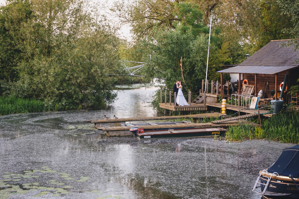 RELAXED BLISS I THE RIVER MILL ST NEOTS I CAMBRIDGE WEDDING PHOTOGRAPHY